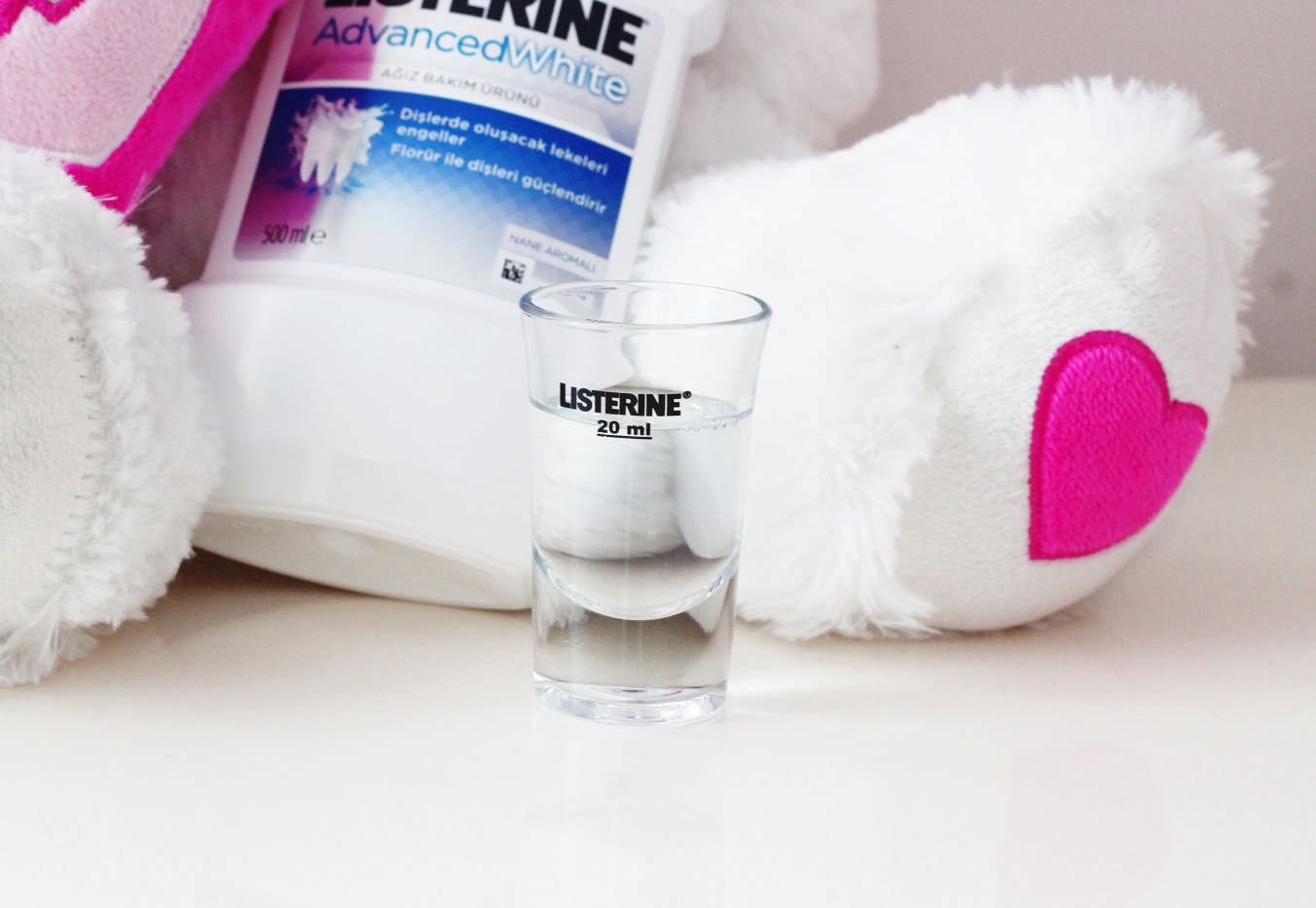 listerine-advanced-white (1)