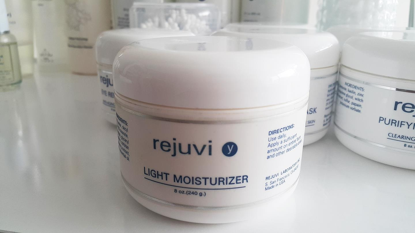 rejuvi-light-moisturizer