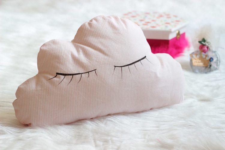 bulut-yastık