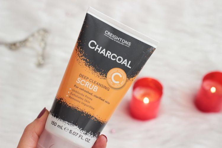creightons-charcoal-komur-ozlu-derinlemesine-temizleyici-peeling