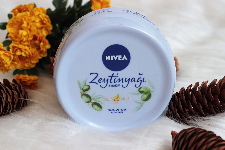 nivea-degerli-yaglar-iceren-zeytinyagli-bakim-kremi