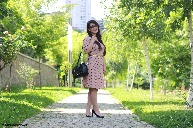 siyah-puantiyeli-elbise