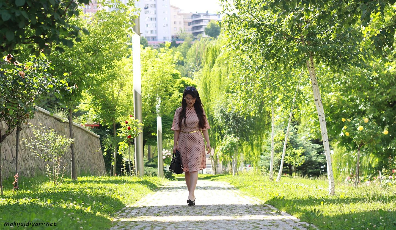 somon-renk-puantiyeli-elbise