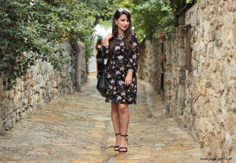 floral-mini-dress