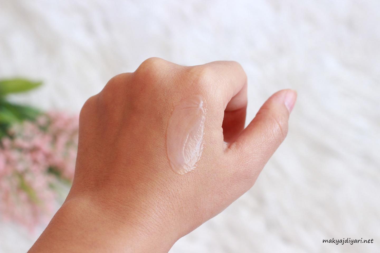 gabrini-makeupbase