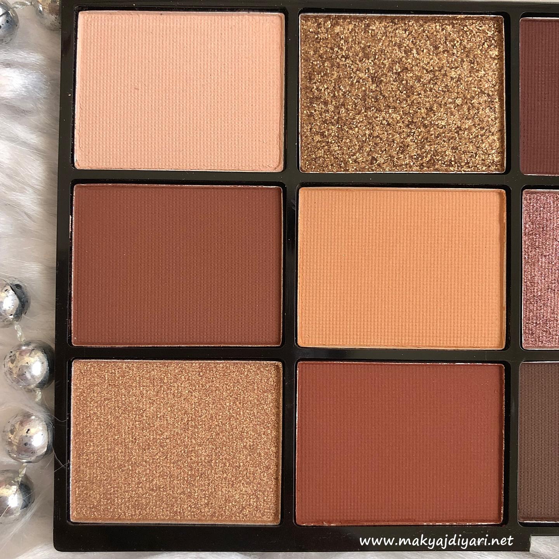 makeup-revolution-velvet-rose-far-paleti