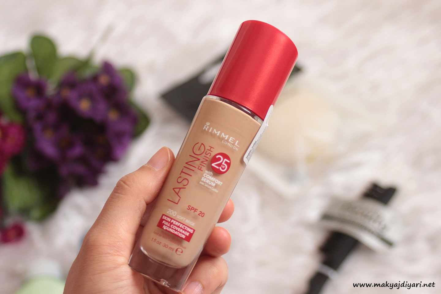 rimmel-london-lasting-finish-fondoten